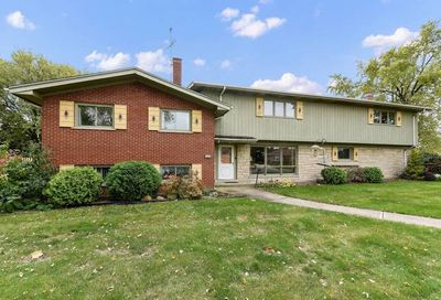 1127 East 163rd Street South Holland IL 60473