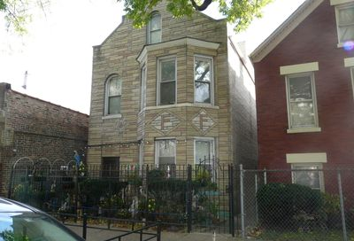 2725 South Sawyer Avenue Chicago IL 60623