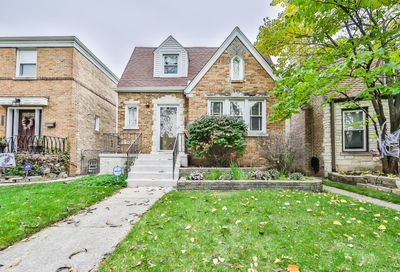 4826 West Balmoral Avenue Chicago IL 60630