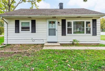 1063 South Edgewood Avenue Lombard IL 60148