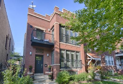 1252 West Roscoe Street Chicago IL 60657