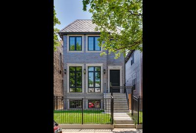3313 North Leavitt Street Chicago IL 60618