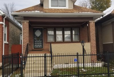 4914 West Crystal Street Chicago IL 60651