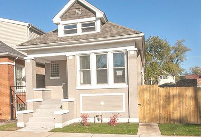 706 East 89th Place Chicago IL 60619
