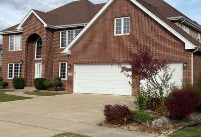 32 East Grandview Drive South Holland IL 60473