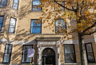 1709 North Crilly Court Chicago IL 60614