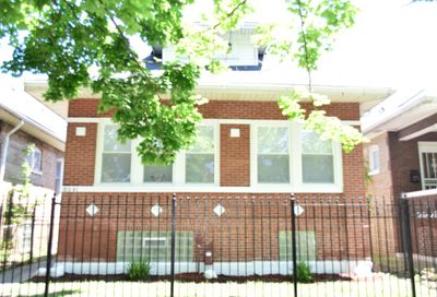 8041 South May Street South Chicago IL 60620