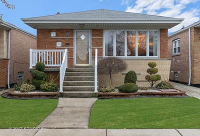 6635 West 64th Street Chicago IL 60638