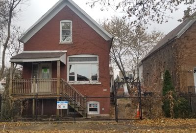1109 North Christiana Avenue Chicago IL 60651