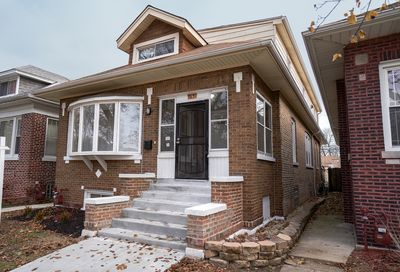 7631 South Luella Avenue Chicago IL 60649