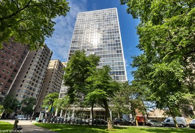2400 North Lakeview Avenue Chicago IL 60614