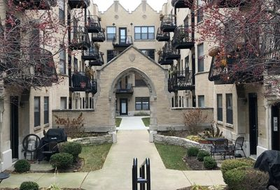 4442 North Damen Avenue Chicago IL 60625