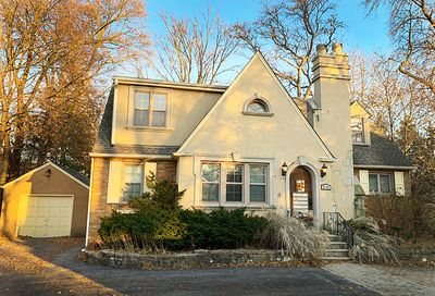 5757 South Madison Street Hinsdale IL 60521
