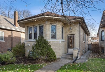 5639 North Virginia Avenue Chicago IL 60659