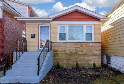 5009 West Ainslie Street Chicago IL 60630