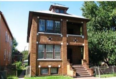 8208 South Escanaba Avenue Chicago IL 60617