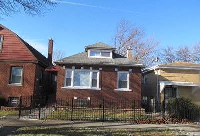 9228 South Marquette Avenue Chicago IL 60617