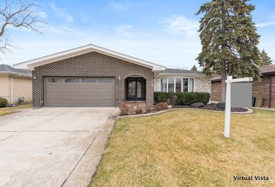 2637 Plymouth Court Westchester IL 60154