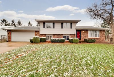 14 Independence Square Bloomington IL 61704
