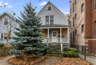 1723 West Farwell Avenue Chicago IL 60626