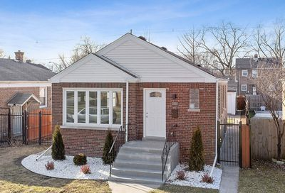 12820 South Parnell Avenue South Chicago IL 60628
