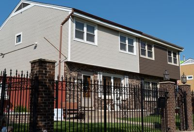 2505 North Linden Place Chicago IL 60647
