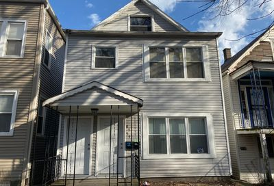 8551 South Manistee Avenue Chicago IL 60617