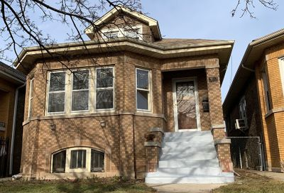 5132 West Wrightwood Avenue Chicago IL 60639