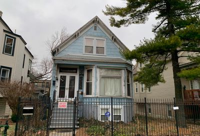 2431 North Rockwell Street Chicago IL 60647
