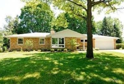 1868 Robert Court Aurora IL 60506