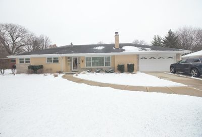 622 Country Club Drive Itasca IL 60143