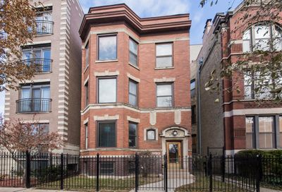 930 West Barry Avenue Chicago IL 60657