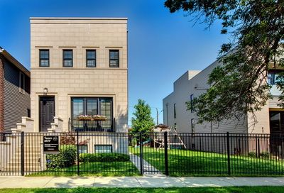 539 North Artesian Avenue Chicago IL 60612