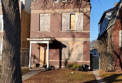 4502 West Thomas Street Chicago IL 60651
