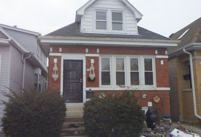 5718 West Giddings Street Chicago IL 60630