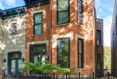 852 West Webster Avenue Chicago IL 60614