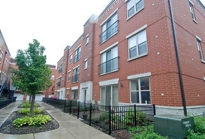343 East 25th Place Chicago IL 60616