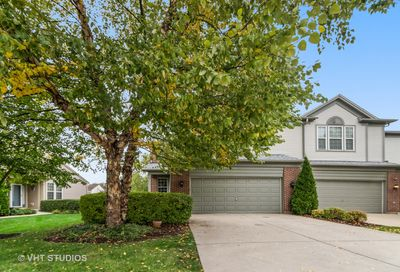 934 Elizabeth Drive Streamwood IL 60107