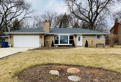 4s614 Karns Road Naperville IL 60563