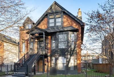 831 South Claremont Avenue Chicago IL 60612
