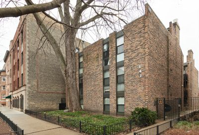643 West Barry Avenue Chicago IL 60657