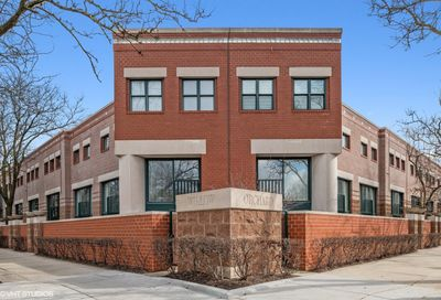 641 West Willow Street Chicago IL 60614