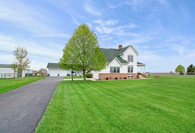 1492 North 42nd Road Earlville IL 60518