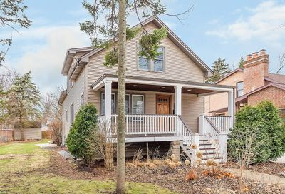 124 North Lincoln Street Westmont IL 60559