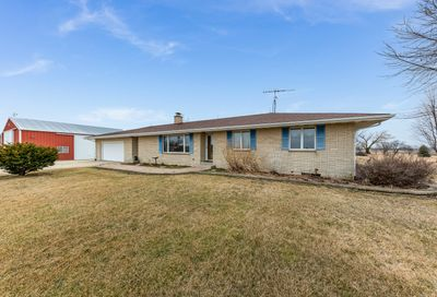 2265 Chicago Road Earlville IL 60518