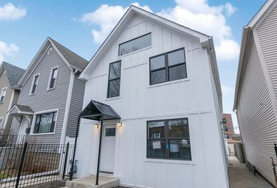 2915 North Rockwell Street Chicago IL 60618