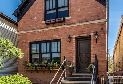 2015 West Dickens Avenue Chicago IL 60647
