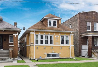 4223 West Walton Street Chicago IL 60651