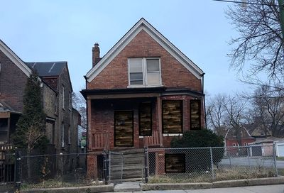 856 North Homan Avenue Chicago IL 60651