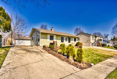 118 Hickory Avenue Streamwood IL 60107
